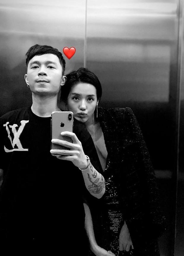 Bạn trai Khánh Linh chính là hình mẫu khiến mọi cô gái hạnh phúc: đi du lịch liền trở thành thợ ảnh cho người yêu, tay xách nách mang đồ không kêu ca gì - Ảnh 8.