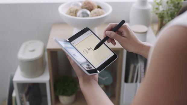 Samsung sẽ trở thành nạn nhân đầu tiên của Surface Duo! - Ảnh 1.