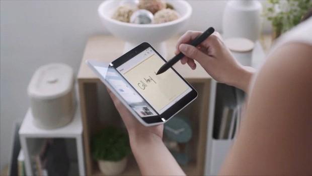 Microsoft bất ngờ ra mắt Surface Duo: Cuốn sổ tay 2 màn hình đầy tinh khôi và thanh thoát - Ảnh 9.