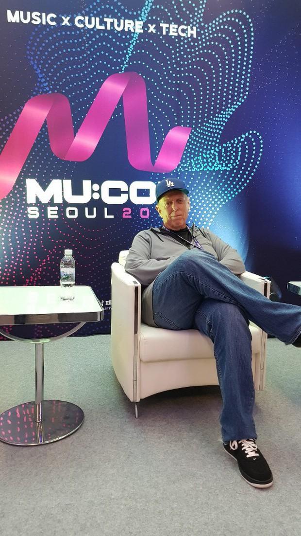 BTS bị lôi vào media-play quá đà cho SuperM tại Mỹ trước ngày debut, ARMY dằn mặt: Chỉ để tâm đến thành tích thì khó mà thành công! - Ảnh 2.