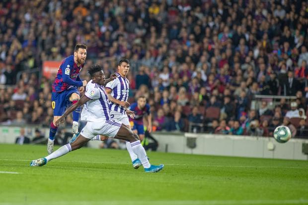 Messi tạo khoảnh khắc thiên tài, Barca đại thắng ở vòng 11 La Liga - Ảnh 8.
