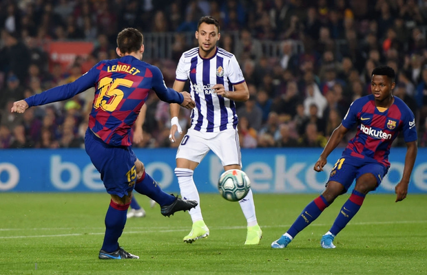 Messi tạo khoảnh khắc thiên tài, Barca đại thắng ở vòng 11 La Liga - Ảnh 2.
