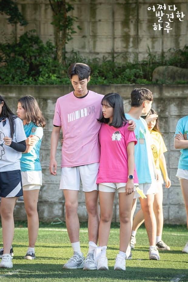 3 lý do vì sao trai hư Baek Kyung (Extraordinary You) bít cửa trước bạch mã hoàng tử Haru - Ảnh 7.