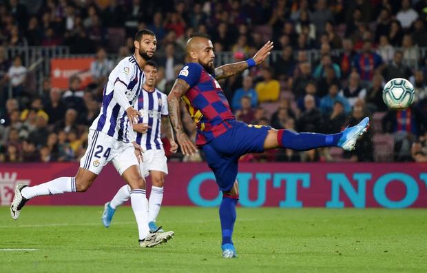 Messi tạo khoảnh khắc thiên tài, Barca đại thắng ở vòng 11 La Liga - Ảnh 4.