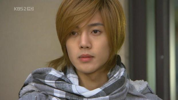 Extraordinary You chính là màn cà khịa Lee Min Ho độc nhất màn ảnh Hàn: Từ BOF tới The Heirs đều dính đạn? - Ảnh 24.