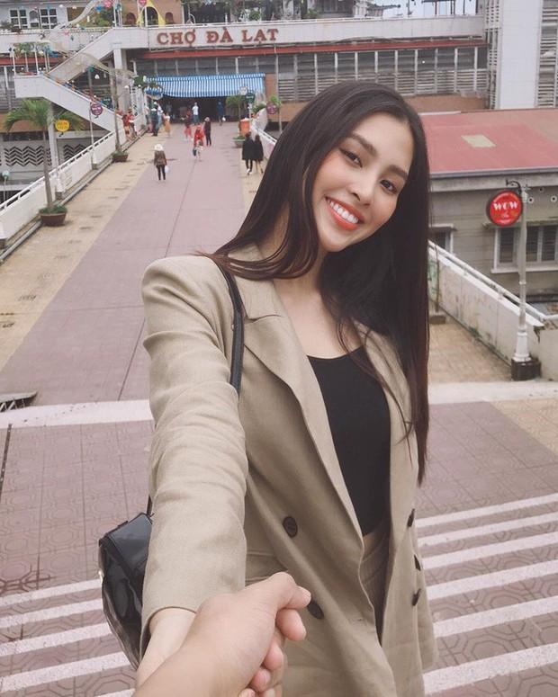 Đáng chú ý không kém chuyện Tiểu Vy hẹn hò là style của cô: Ngày một sang chảnh, tinh tế mà vẫn trẻ trung - Ảnh 6.