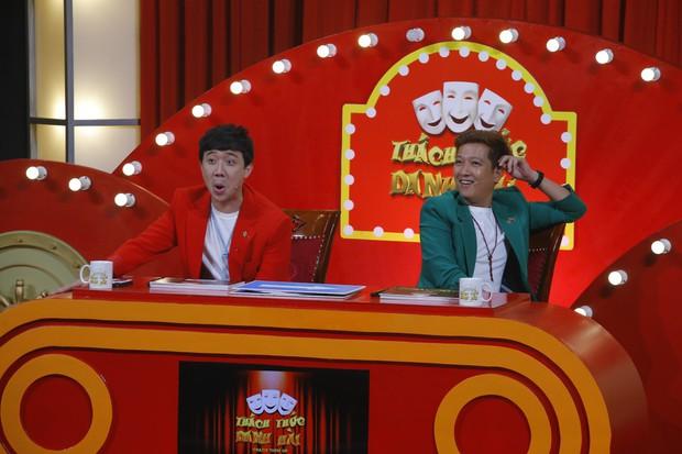 Thách thức danh hài: Đến lượt Trường Giang bị tát liên tục, các giám khảo tiếp tục không cười - Ảnh 1.