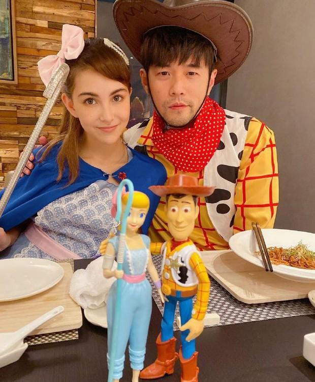 Dàn sao Cbiz cosplay Halloween: Không ai nhận ra Lâm Tâm Như - Tô Hữu Bằng, xuất sắc nhất chính là Trương Hinh Dư - Ảnh 7.