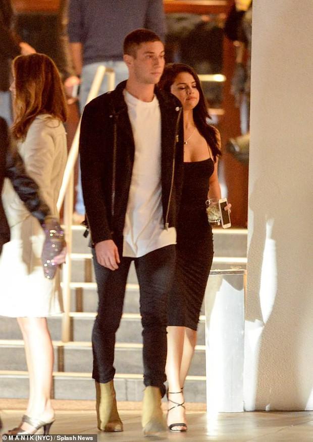 Vừa trách Justin Bieber, Selena Gomez lại lộ ảnh quay về hẹn hò giám đốc thời trang giàu có? - Ảnh 7.