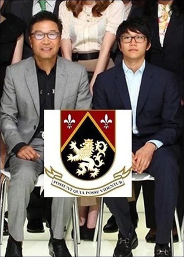 Chuyện gia tộc nhà chủ tịch SM Lee Soo Man: Thái tử ngậm thìa vàng bí ẩn nhất Kbiz và cô cháu gái đình đám châu Á - Ảnh 10.