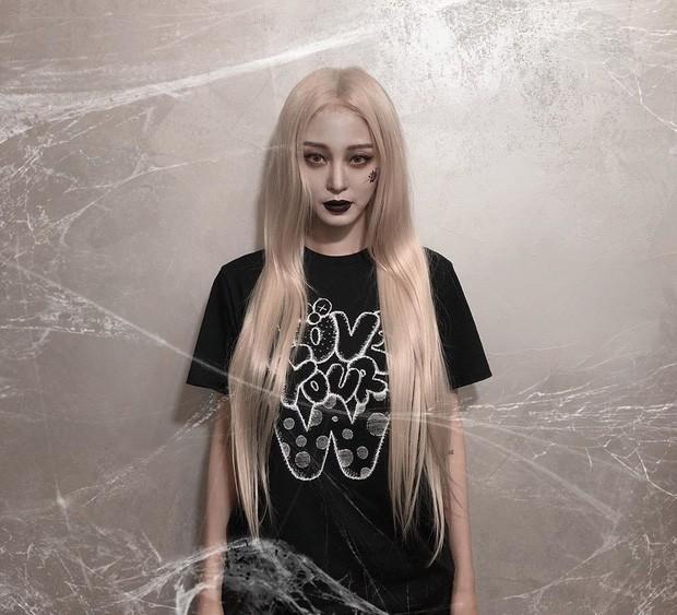 Sao Hàn-Thái đình đám hóa trang Halloween: TWICE quá đáng nể, BTS và BLACKPINK phải bái phục Hoa hậu chuyển giới - Ảnh 22.