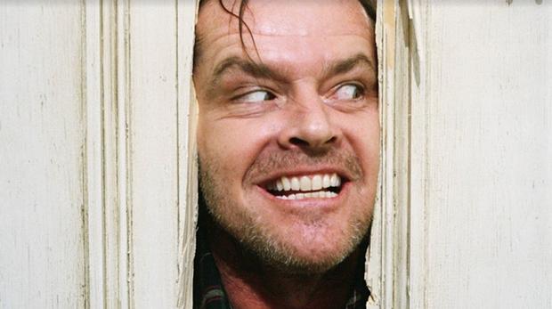 5 màn hù doạ  kinh điển được tái hiện ở phim kinh dị Doctor Sleep: Bạn đóng bỉm chưa? - Ảnh 7.