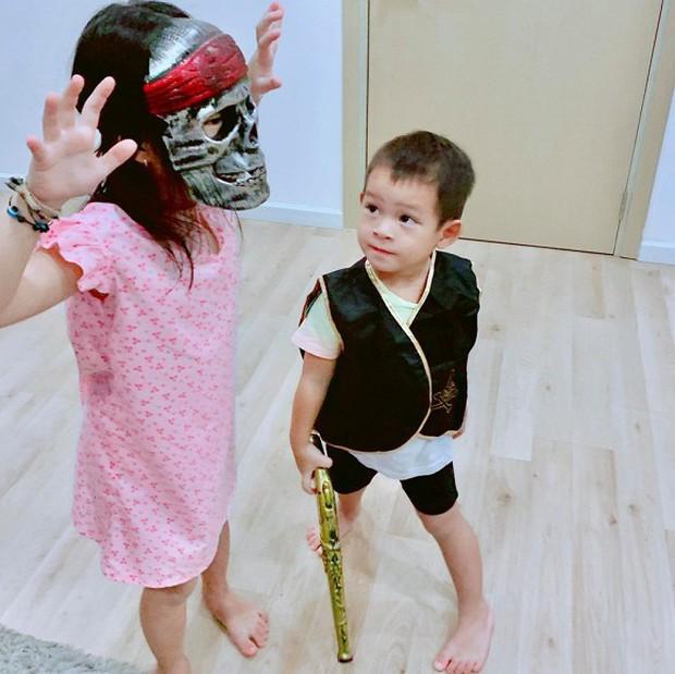 Sao Vbiz hoá trang độc đáo nhập hội Halloween, kéo đến dàn nhóc tỳ mới thích mắt vì như lạc vào thế giới phép thuật - Ảnh 9.