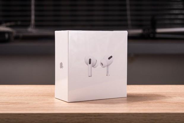 Trải nghiệm AirPods Pro: Thiết kế in-ear, chống ồn chủ động, chất âm vượt trội so với AirPods thường - Ảnh 1.