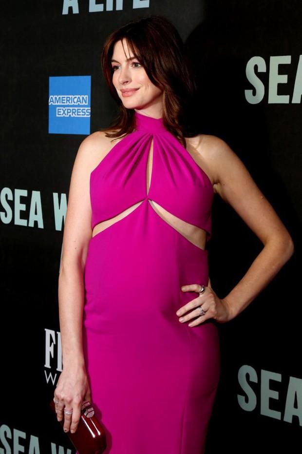 Nhan sắc nóng bỏng của nữ thần sắc đẹp đương đại Hollywood Anne Hathaway: Ngắm mà mê mẩn! - Ảnh 17.