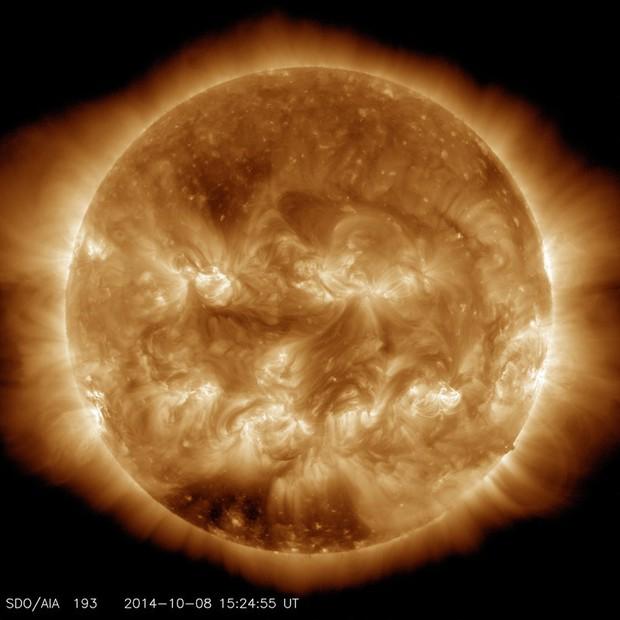 """NASA đăng ảnh Mặt trời bí ngô ma quái"""" chào Halloween - Ảnh 3."""