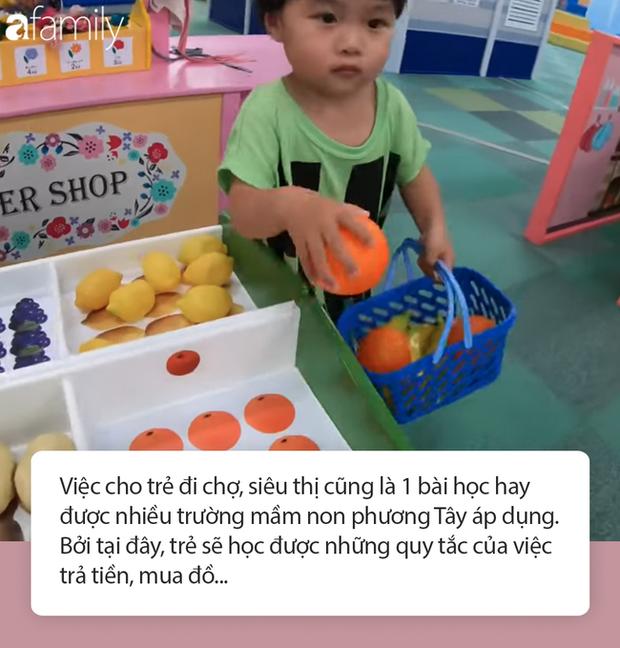 Lý do gì khiến nhóc Sa 3 tuổi ngoan ngoãn ngồi xem mẹ quay Vlog, có thể bởi cách dạy con cực khéo của Quỳnh Trần JP - Ảnh 9.