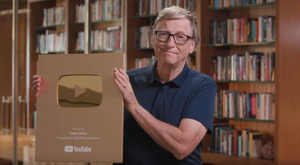 Tỷ phú Bill Gates rinh Nút Vàng YouTube sau 7 năm, kênh triệu sub chưa một lần thèm bật quảng cáo - Ảnh 2.