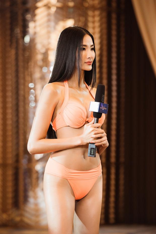 So với thời còn phèn, Hoàng Thùy đầy đặn một cách bất ngờ trong show Hoa hậu - Ảnh 13.