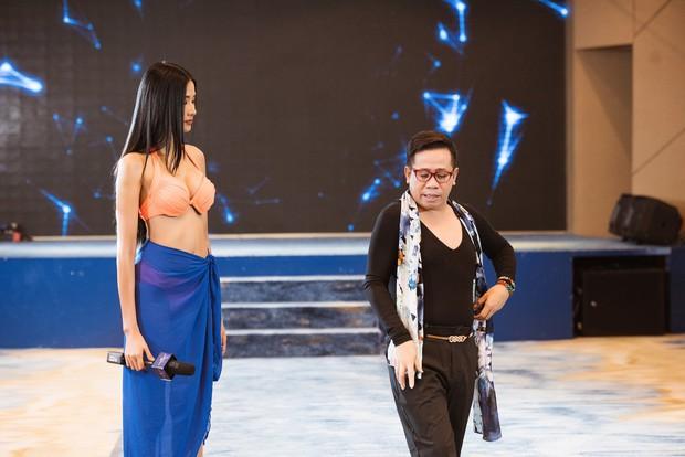 So với thời còn phèn, Hoàng Thùy đầy đặn một cách bất ngờ trong show Hoa hậu - Ảnh 14.