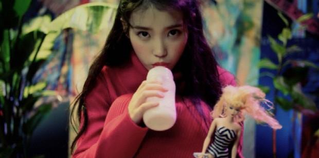 IU: Cô gái bé nhỏ bị lừa tiền, ôm khoản nợ khủng thành báu vật xứ Hàn và đây là người chúng ta cần trân trọng lúc này! - Ảnh 4.