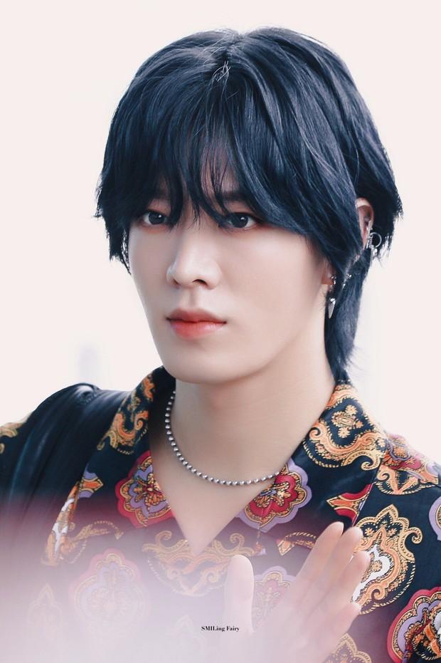 3 cực phẩm mỹ nam Hàn đang gây bão với tóc dài nữ tính: Người được tôn làm kỳ quan thế giới, kẻ lột xác dù bất đắc dĩ - Ảnh 8.