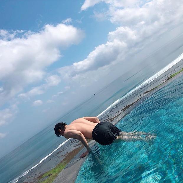 Lee Min Ho khoe ảnh thư giãn ở hồ bơi mà sao như muốn dành trọn spotlight cho vòng 3 thế này? - Ảnh 3.