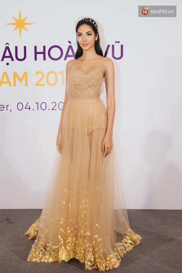 Thanh Hằng, Hoàng Thùy xuất hiện chặt chém, HHen Niê vắng mặt trong sự kiện quan trọng của Hoa hậu Hoàn vũ Việt Nam - Ảnh 4.