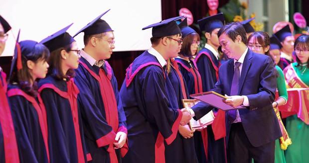 Sẽ bỏ phân loại chính quy, tại chức trên bằng tốt nghiệp đại học - Ảnh 1.