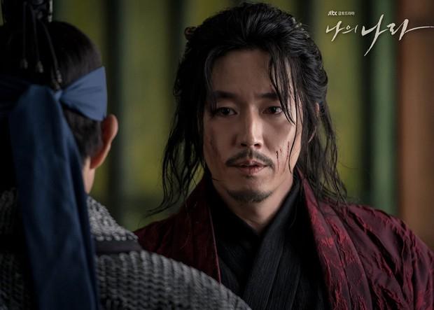 Hậu báu vật quốc dân Seolhyun hứng gạch vì diễn xuất, dàn nam thần kịp cứu thua khi tiết lộ ngay lí do không thể bỏ qua cung đấu My Country! - Ảnh 6.