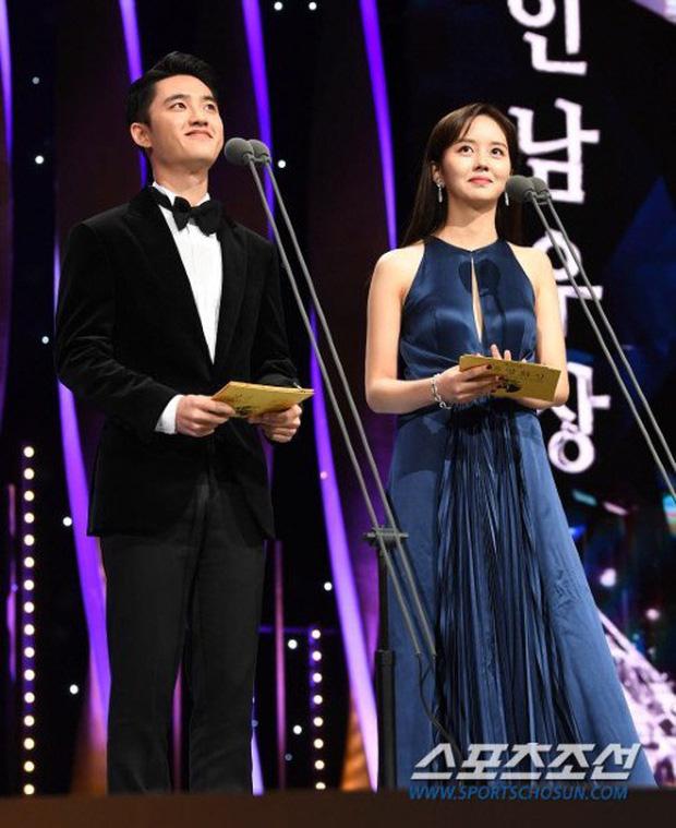 Hình mẫu trong mơ của thiếu nam Châu Á - Kim So Hyun: Vì nổi tiếng nên phải bỏ học từ sớm, có nụ hôn đầu năm 13 tuổi - Ảnh 14.
