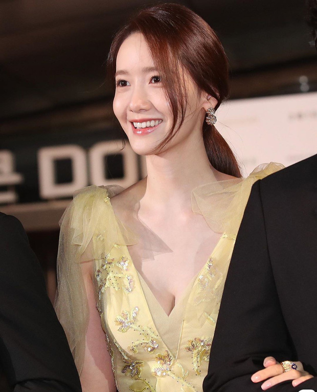 Yoona diện đầm bức tử vòng 1 sexy đến khó tin, nhưng choáng nhất là tổng giá trị bộ đồ cô dát lên người - Ảnh 8.