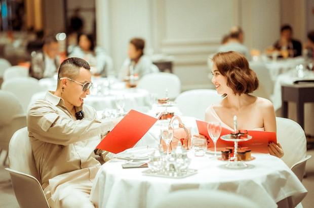 Ở Paris có khác: vlog mới của Vũ Khắc Tiệp và Ngọc Trinh như 1 show diễn thời trang đỉnh cao, choáng ngợp với phòng khách sạn 110 triệu/đêm - Ảnh 18.