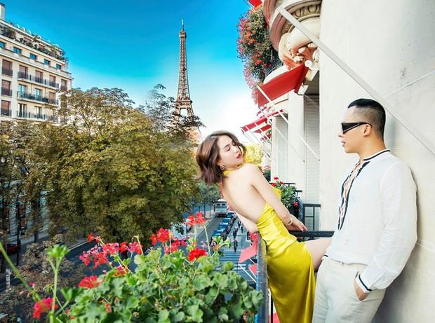 Ở Paris có khác: vlog mới của Vũ Khắc Tiệp và Ngọc Trinh như 1 show diễn thời trang đỉnh cao, choáng ngợp với phòng khách sạn 110 triệu/đêm - Ảnh 21.