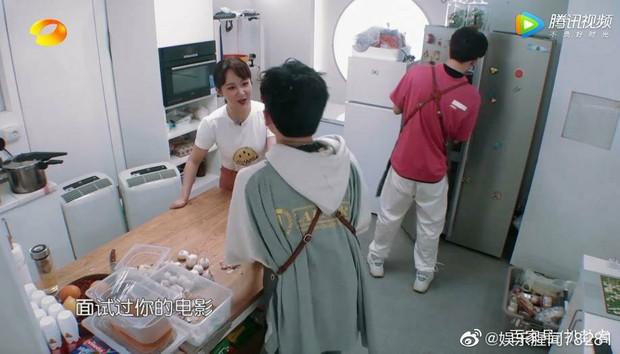 Tranh cãi nảy lửa Dương Tử EQ thấp: Chất vấn, nhảy dựng hét vào mặt Tô Hữu Bằng vì bị loại casting phim - Ảnh 1.