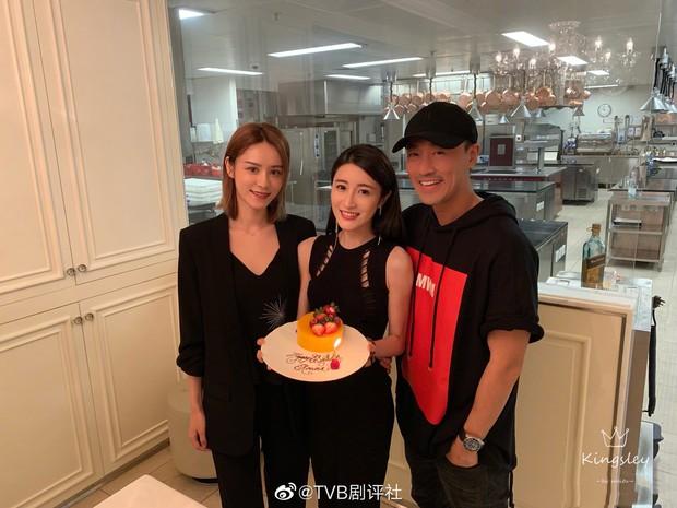 HOT: Trai đẹp TVB Lâm Phong chính thức làm chồng người ta, kết hôn người mẫu nội y kém 11 tuổi - Ảnh 4.