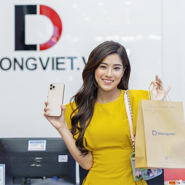 Hàng chục nghệ sỹ Việt đua nhau rinh iPhone 11, táo khuyết tại Việt Nam chưa bao giờ hết hot! - Ảnh 4.