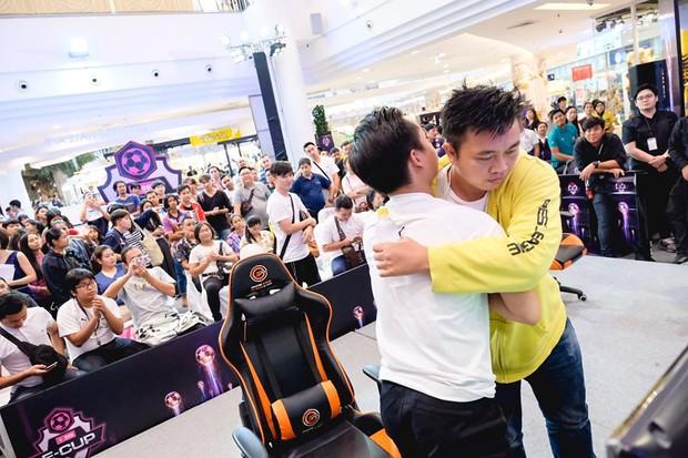 Huyền thoại PES Việt Nam - Tâm Figo lên ngôi vô địch giải PES quốc tế GSB ECup 2019, ẵm trọn tiền thưởng hơn 200 triệu đồng - Ảnh 5.