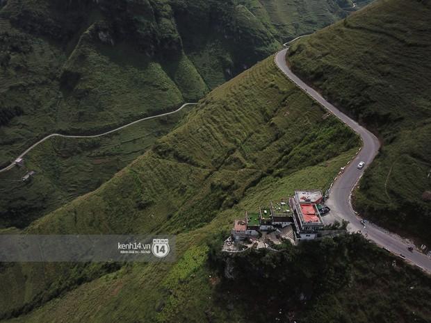Bà chủ Mã Pì Lèng Panorama kiến nghị phủ xanh toàn bộ công trình để trông thật hoang sơ - Ảnh 1.