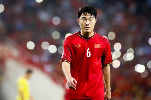 Đọ trình độ Ngoại ngữ của dàn cầu thủ Đội tuyển Việt Nam: Xuân Trường, Công Vinh chém Tiếng Anh xuất sắc nhưng vẫn chưa bằng nhân vật này - Ảnh 1.