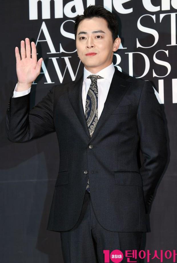 Thảm đen LHP Busan ngày 3: Yoona không còn thần thánh vì đôi chân, tân Hoa hậu Hàn Quốc nhan sắc gây tranh cãi - Ảnh 12.