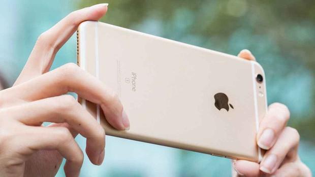 Ai còn dùng iPhone 6S lưu ý khẩn cấp: Máy có thể biến thành cục gạch, kiểm tra ngay qua website này - Ảnh 1.