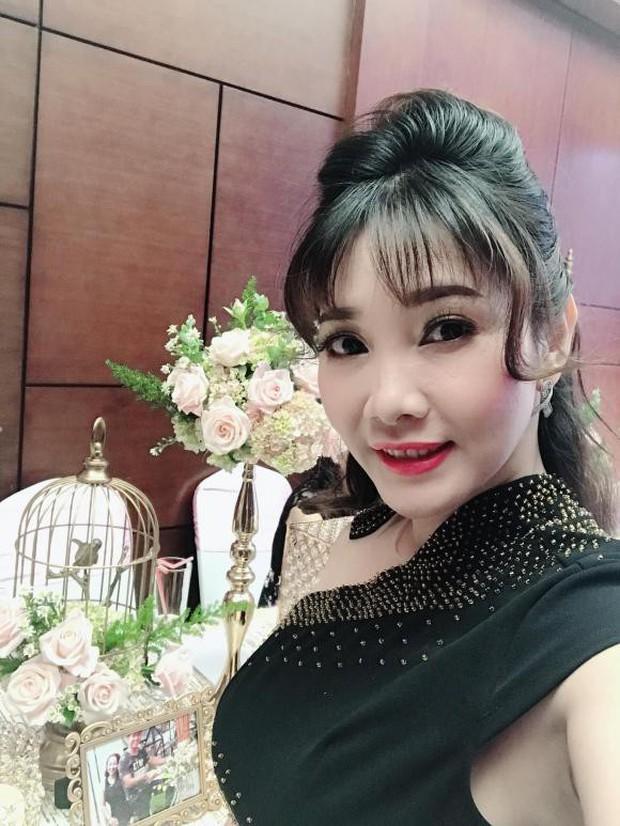 Chân dung người vợ kém 8 tuổi, kín tiếng của Cao Minh Đạt - cậu Ba Duy khét tiếng trong Tiếng sét trong mưa - Ảnh 5.