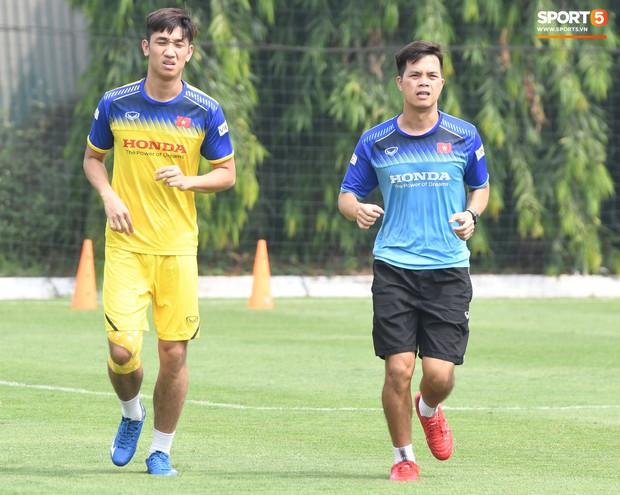 Đối thủ cạnh tranh của Đức Chinh tại U22 Việt Nam chấn thương trước thềm trận đấu với U22 UAE - Ảnh 3.