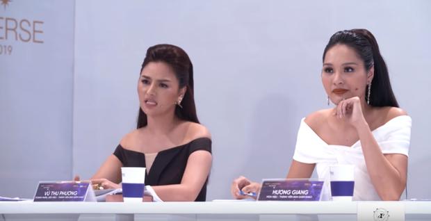 Vũ Thu Phương cân hết dàn giám khảo Hoa hậu Hoàn vũ bởi những màn đối đáp cực gắt với thí sinh - Ảnh 3.