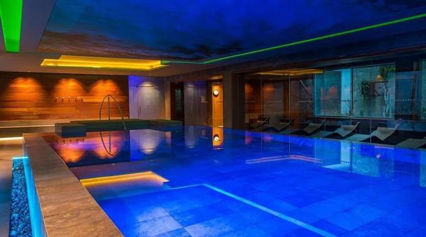 Hé lộ về địa điểm cực chất được Messi chọn riêng để dưỡng thương: Là cả một khách sạn rộng lớn, trưng bày một kỷ vật vô giá của siêu sao 32 tuổi - Ảnh 5.