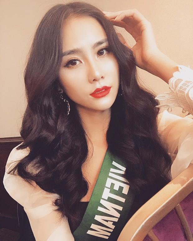 Đại diện Việt Nam ghi điểm với hành động đẹp tại Miss Earth: Cho thí sinh da màu không có trang phục mượn 2 bộ váy dạ hội! - Ảnh 4.