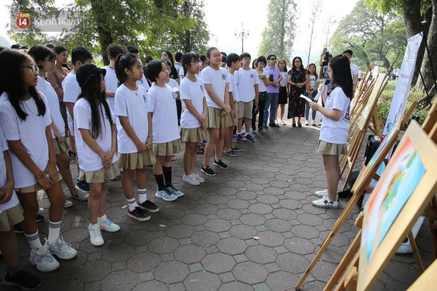 Học sinh Marie Curie tổ chức ngày hội triễn lãm tranh kêu gọi cộng đồng bảo vệ môi trường - Ảnh 3.