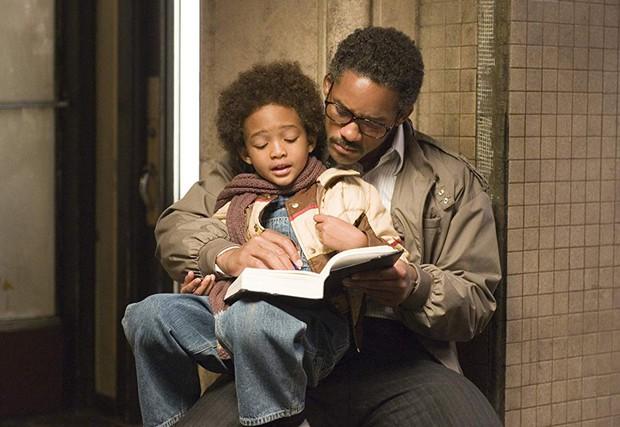 5 phim gia đình dễ khiến bạn bật khóc như mưa giữa rạp: Có cả ứng viên Oscar sáng giá - Ảnh 3.