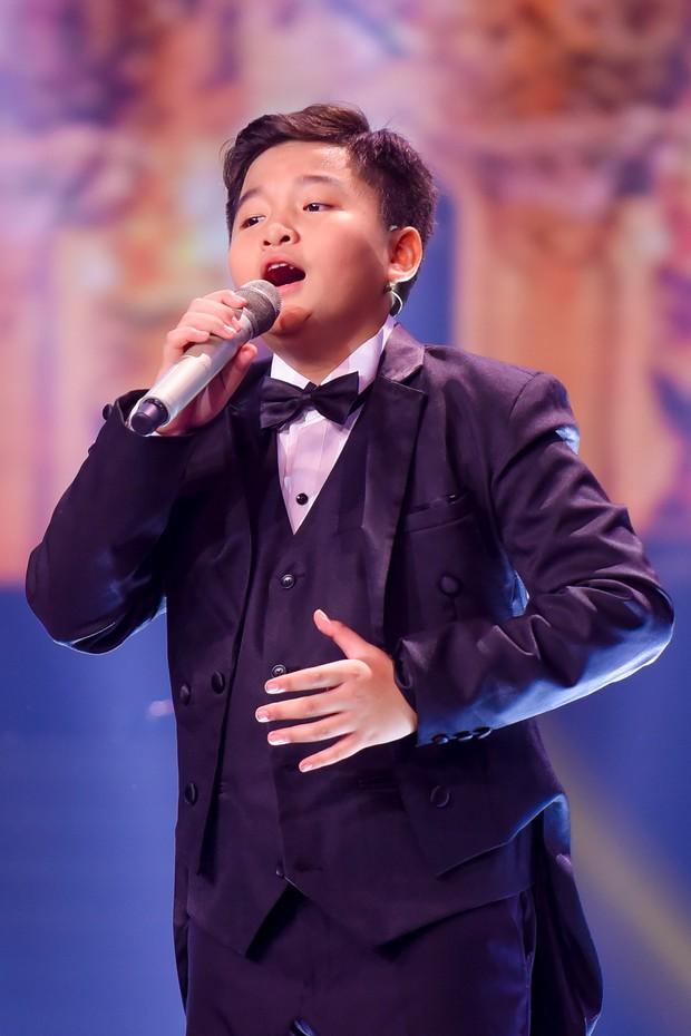 Hương Giang mang Mị, Chí Phèo, Thị Nở... lên sân khấu Giọng hát Việt nhí - Ảnh 10.